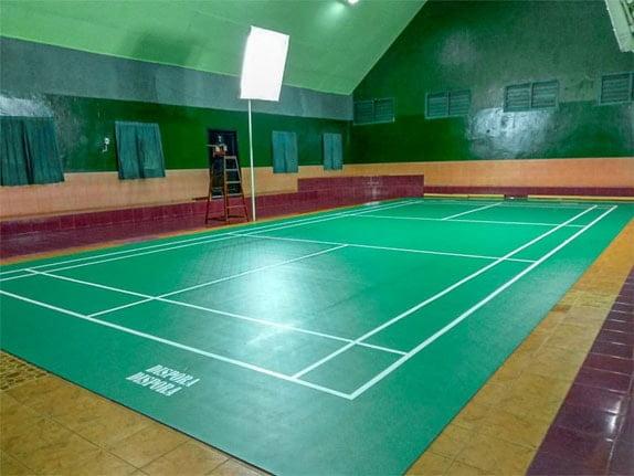 Desain Pencahayaan Lapangan Badminton Indoor