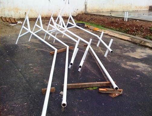Jenis dan Harga Tiang Lampu Lapangan Badminton