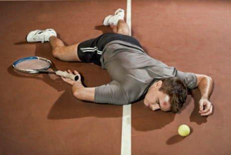 pemain tenis cidera