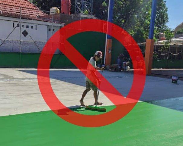 pengerajaan lapangan tenis